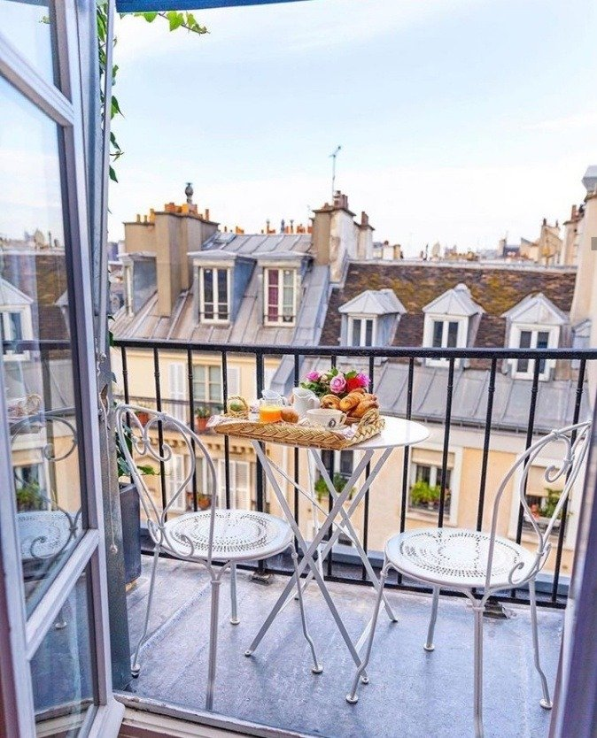 9 Balcony Ideas That Will Spice Up Your Outdoor Apartment Life