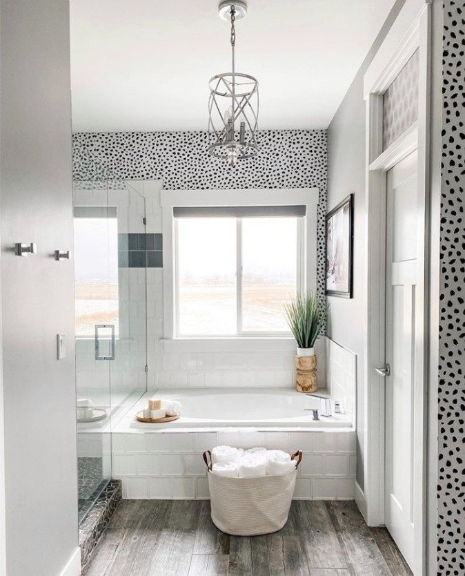 Love Spas? Here Are 9 Accessories To Create A Luxurious Spa BathroomLove Spas? Here Are 9 Accessories To Create A Luxurious Spa Bathroom