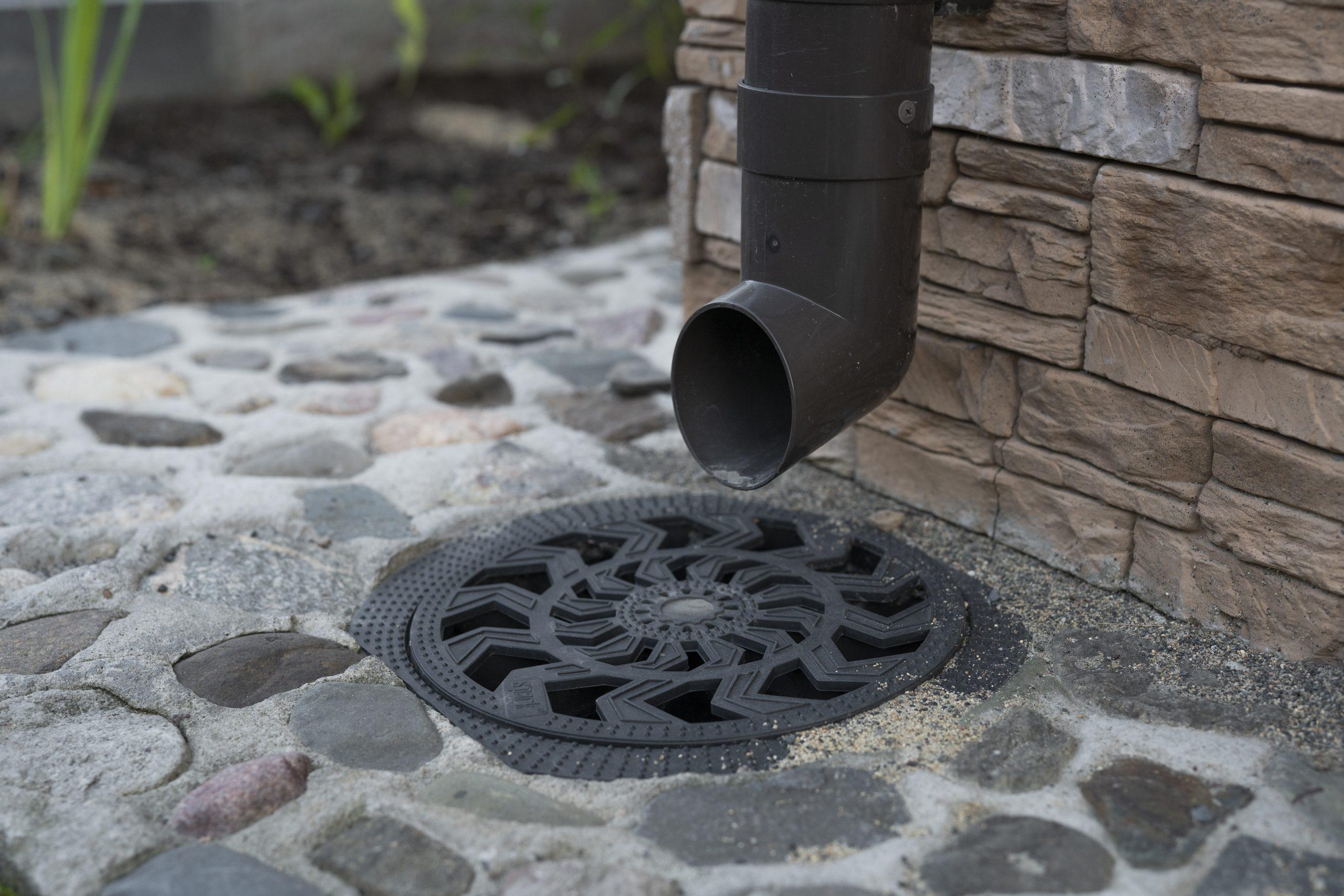 Building an Outdoor Shower: A Definitive DIY Guide