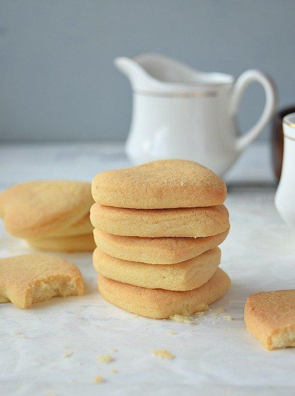 10 Delicious Shortbread Cookies