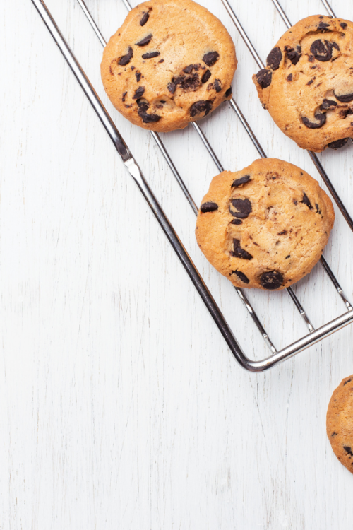 17 Best Chocolate Chip Cookies For Choco-holics!