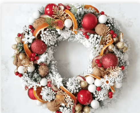 traditional wreath holiday