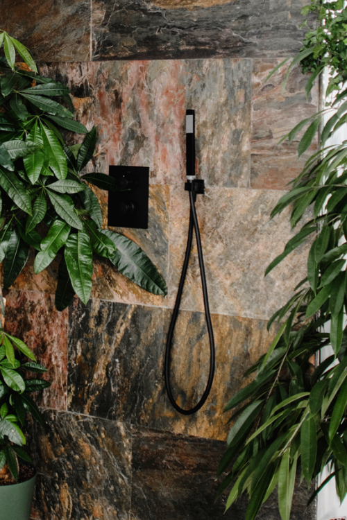 Outdoor Shower Ideas: 40 Ways To Create A Backyard Oasis
