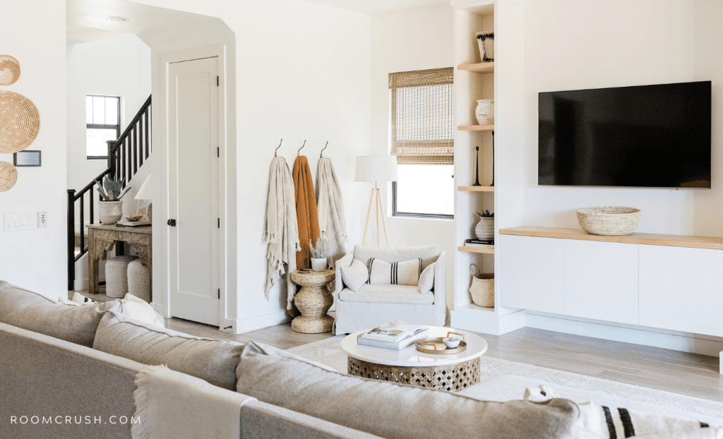 how to style the organic modern interior design trend