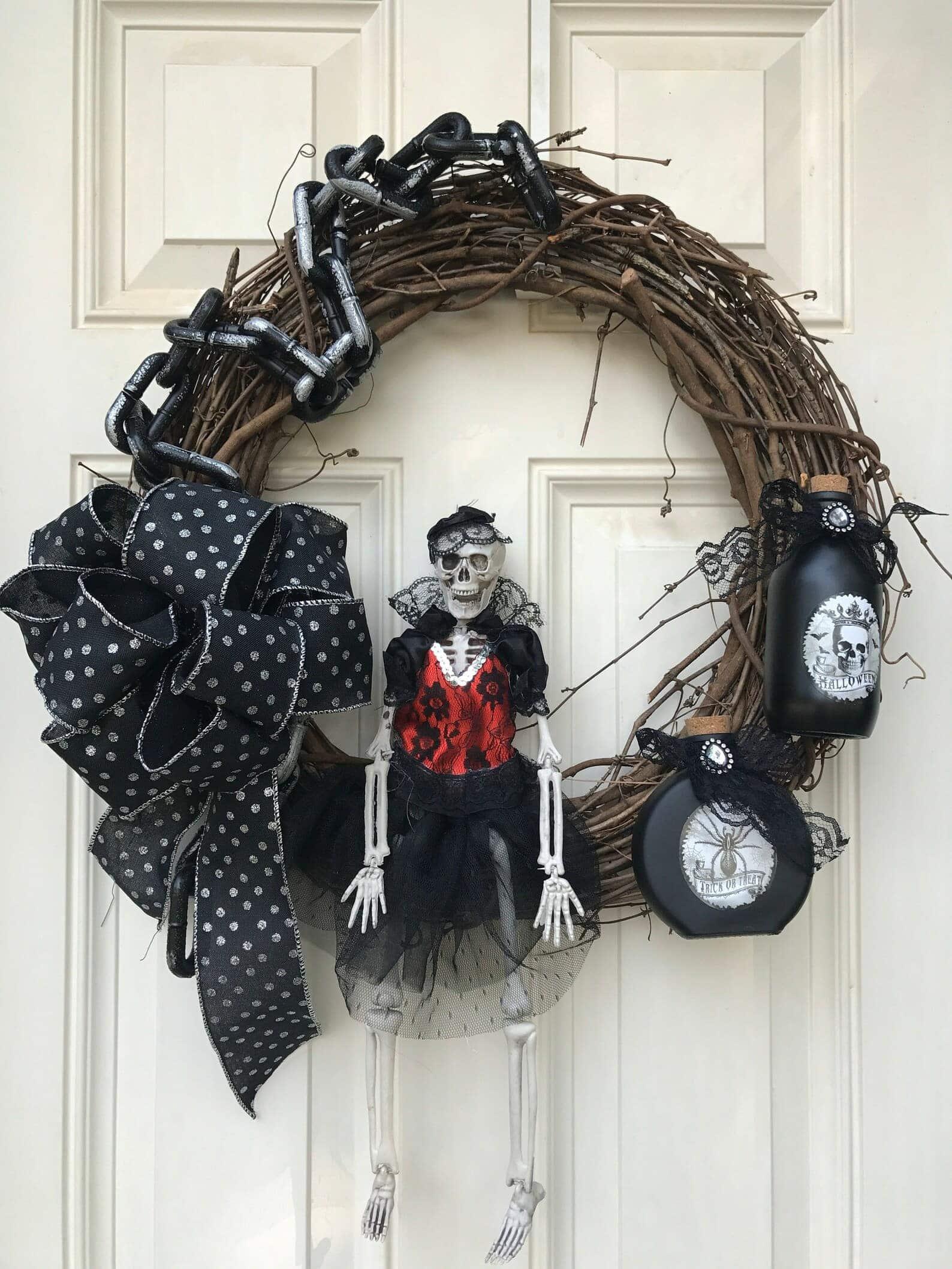 diy halloween wreath skeleton goth